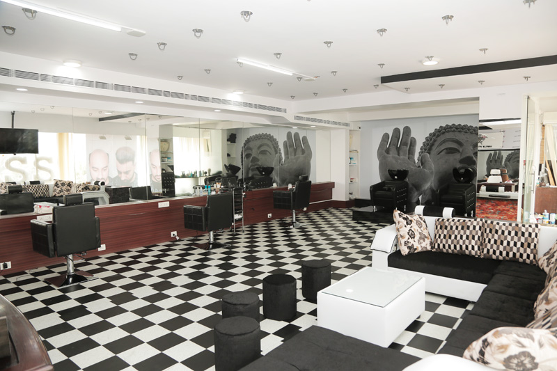 World-Wide-Hair-Hub-Salon-Hair--Fixing-in-Bangalore